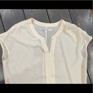 ✅3 for $20! Cream polyester top